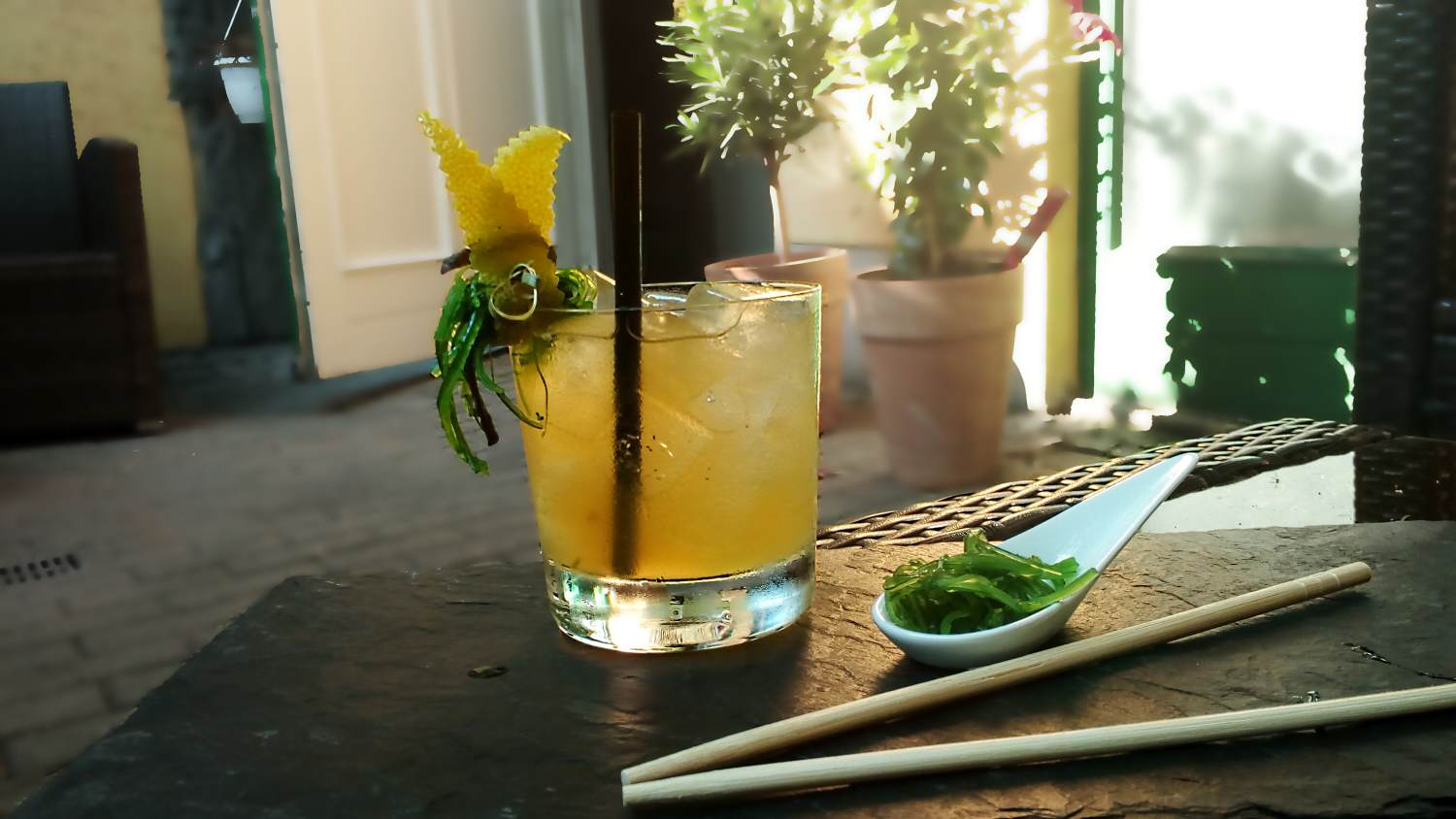 Wakame Smash Cocktail