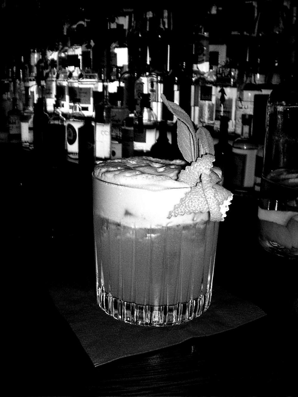 cocktail mit Salbei